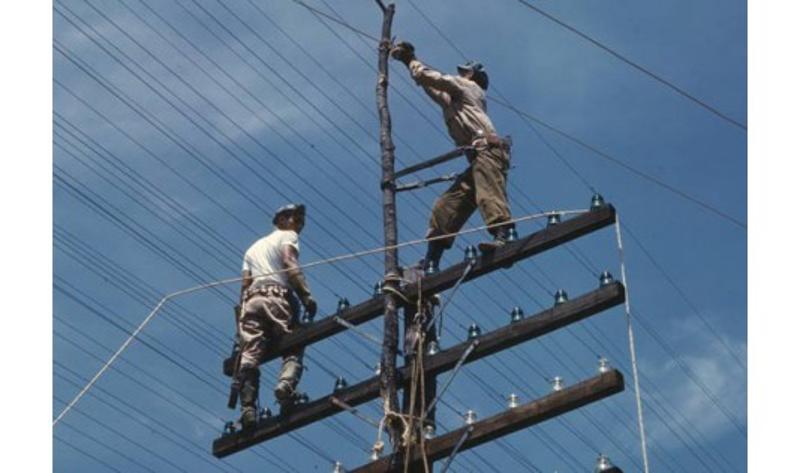 OPERACIONES DE TENDIDO Y TENSADO DE CONDUCTORES EN REDES ELÉCTRICAS AÉREAS Y SUBTERRÁNEAS